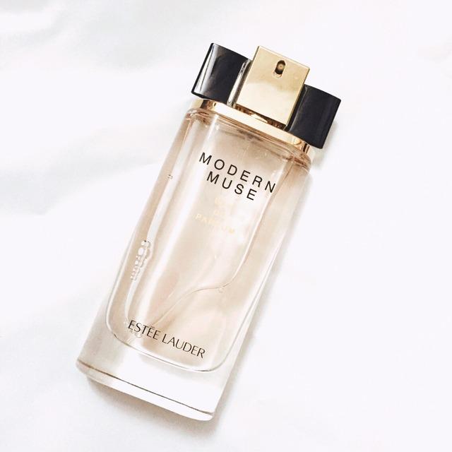 清新淡雅留香持久的女士香水品牌有哪些?